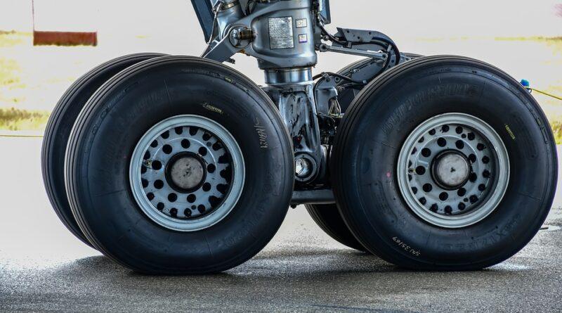 Uçak Lastikleri Patlar mı?