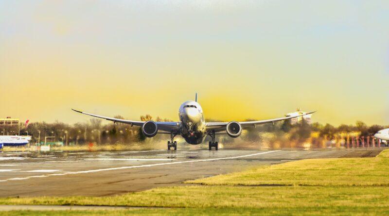 Uçaklar Neden Pas Geçer?